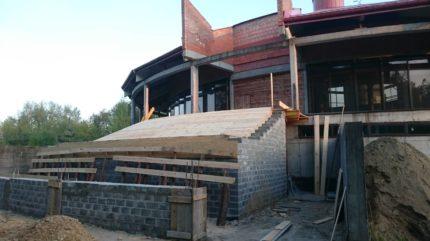Budowa2017_schody-zewnetrzne-006